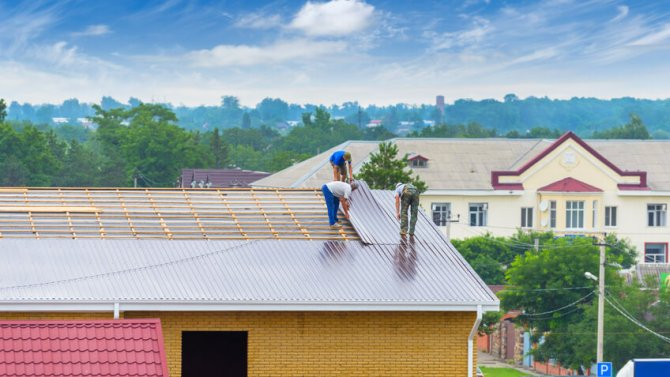 3 Flat Roofing Solutions And Their Positives And Negatives