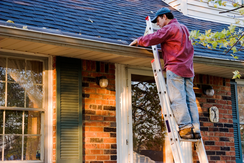 3 Tips To Help Get Your Roof Ready For Cooler Weather