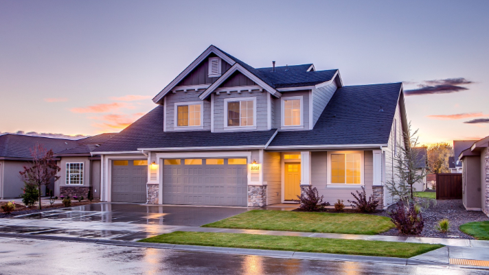 Top 5 Reasons To Have Your Roof Inspected In The Fall