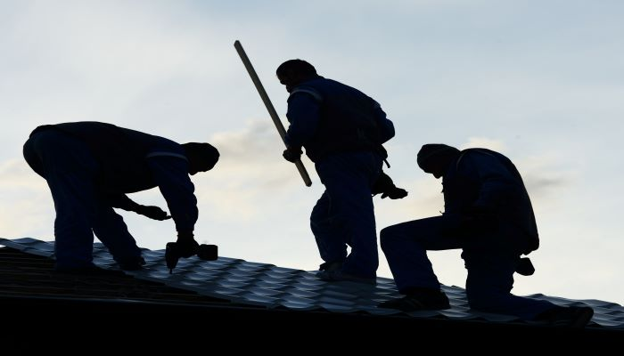 What Every Homeowner Should Know About Storms And Roofing